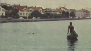 Hafmeyjan í Tjörninni síðsumars 1959.